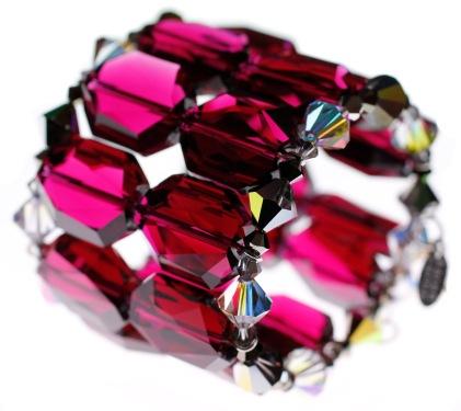 cuff_bracelet_red_roaring_20s_karen_curtis_close_side
